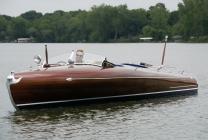 <h5>1939 24' Greavette Streamliner</h5>