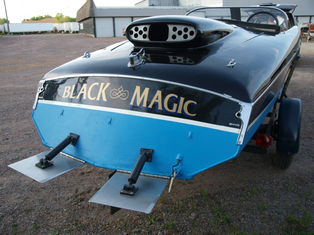 Trim Tabs - Mahogany Bay Classic Boats Service and